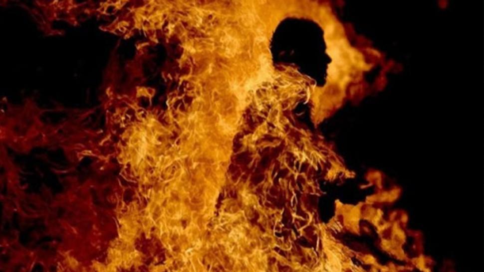 سيدي بوزيد:  كهل يقدم على اضرام النار في جسده أمام مقر المعتمدية
