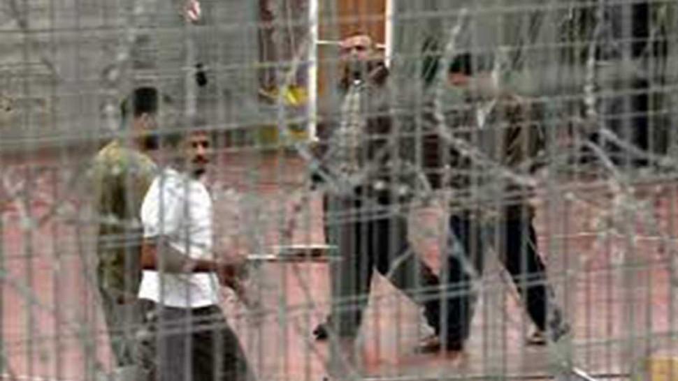 اسرى في سجول الاحتلال الصهيوني