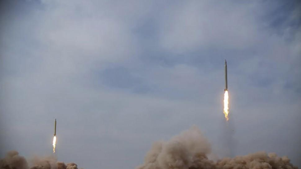 ضربات للجيش الصهيوني على دمشق بعد سقوط صاروخ  أطلق من سوريا قرب مفاعل ديمونا النووي
