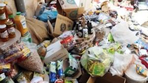أغلبها منتهي الصلوحية ...حجر 31 طنّا من المواد الغذائية خلال الأسابيع الثلاث الأولى من رمضان