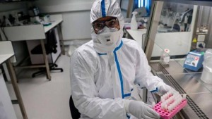 في انتظار نتائج التقطيع الجيني : وضع 10 مخالطين لمصاب بالسلالة ''جنوب افريقية'' في الحجر