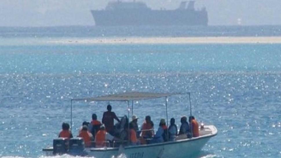 جيش البحر ينقذ 113 مهاجرا غير شرعي من جنسيات مختلفة