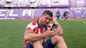 لويس سواريز بطل إسبانيا المطرود من برشلونة