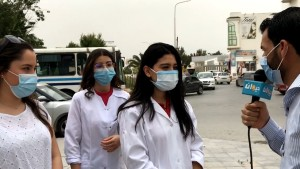 علقوا في تونس بعد غلق المغرب لحدوده ....طلبة الطب التونسيون الدارسون بالمغرب يوجّهون نداء استغاثة ( فيديو)