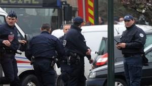فرنسا: القبض على الشخص الذي طعن ضابطة شرطة