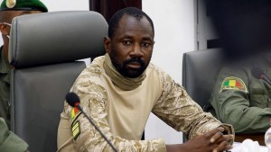 المجموعة الاقتصادية لدول غرب إفريقيا تعلق عضوية مالي بعد الانقلاب