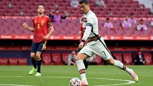التعادل السلبي يحسم قمة إسبانيا و البرتغال الودية