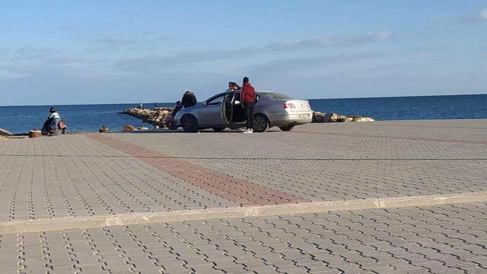 صفاقس: مأوى سيارات مجاني لروّاد شاطئ الكازينو