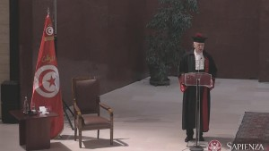 منح قيس سعيّد شهادة الدكتوراه الفخرية بجامعة لاسابيانزا بروما ( فيديو)