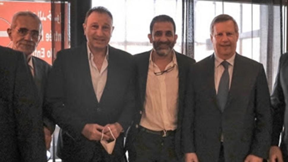 محمود الخطيب يستقبل وفد الترجي في مطار القاهرة