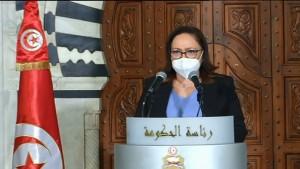 نصاف بن علية : اللجنة العلمية تقترح اقرار حجر صحي شامل لمدة شهر ونصف