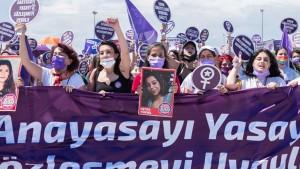 تركيا تنسحب رسميا من اتفاقية إسطنبول لمكافحة العنف ضد المرأة