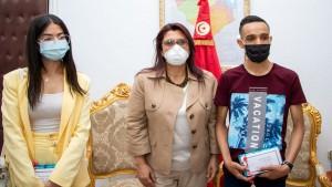 جندوبة: وزيرة التعليم العالي تكرّم التلمذين مرام المرزوقي وبدر الدين الماجري
