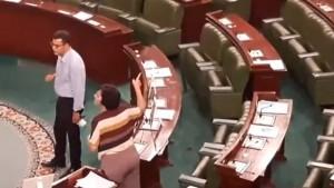 بسبب قانون الانعاش الاقتصادي.. توتر وصراع  في البرلمان