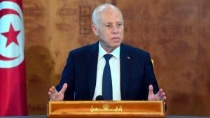 قيس سعيد: تجميع التونسيين يوم عيد الأضحى لتلقي التلاقيح جريمة وراءها غايات سياسية