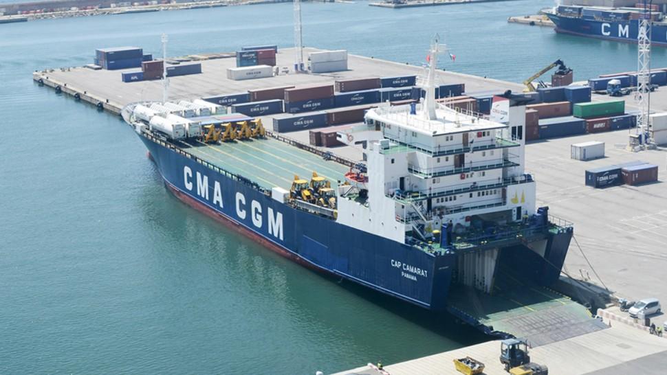 وزارة النقل توضح بخصوص توقف نشاط ناقل بحري دولي بميناء رادس