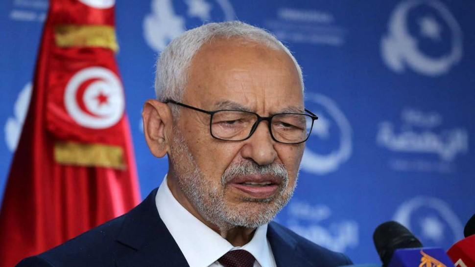 """الغنوشي : أدعو الشعب التونسي للخروج إلى لشارع من اجل إعادة الأمور إلى نصابها"""""""