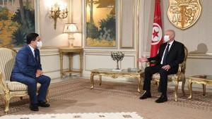 وزير خارجية المغرب ينقل رسالة من الملك لرئيس الجمهورية