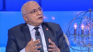 49 قياديا من النهضة يوقعون عريضة لسحب الثقة من عبد الكريم الهاروني