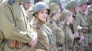 جندية كندية تطعم زملاءها كعكا محشوا بـ«الزطلة»