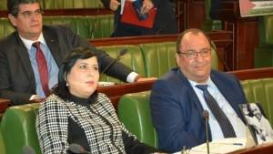 نواب في البرلمان المجمّدة أشغاله يقررون مجددا تقديم عريضة سحب ثقة ضدّ الغنّوشي