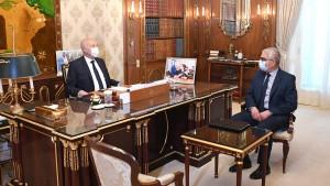 رئيس الجمهورية يقرّر احداث لجنة لتهيئة المدارس و مساعدة التلاميذ المعوزين