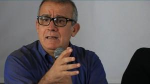 أستاذ القانون الدستوري عبد الرزاق المختار: ' العمل بأحكام انتقالية يؤدي آليا إلى تعليق العمل بالدستور'
