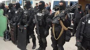 تحذيرات أمنية من مخطط تجنيد ''أفغان'' في ليبيا لإستهداف تونس