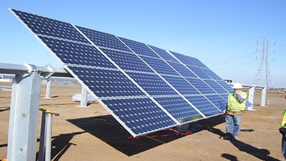 خلال الأيام القليلة القادمة: ربط محطة تطاوين لإنتاج الكهرباء باعتماد الطاقة الشمسية بشبكة شركة الكهرباء