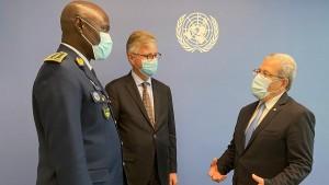 الجرندي لوكيل الأمين العام لعمليات السلام : تونس مستعدة لتوفير أعداد أكبر من الإطارات للمشاركة في عمليات حفظ السلام