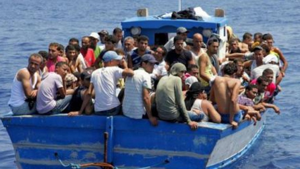 في ليلة واحدة...أكثر من 700 مهاجر يجتاحون جزيرة لامبيدوزا الإيطالية