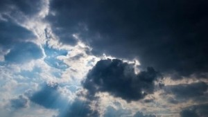 حالة الطقس بصفاقس : سحب أحيانا كثيفة مع أمطار ضعيفة