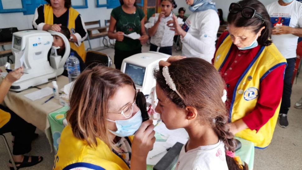 صفاقس:حملة للكشف على ضعف البصر في إحدى المدارس بطريق المهدية