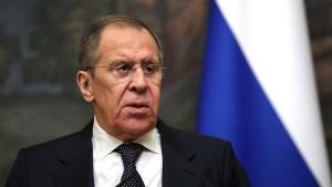 روسيا تعلّق عمل بعثتها لدى حلف الأطلسي وتغلق مكتب الارتباط في موسكو